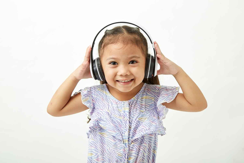 auriculares-anulación-de-ruidos-mama-convergente