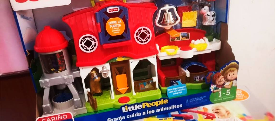 probando-juguetes-fisher-price